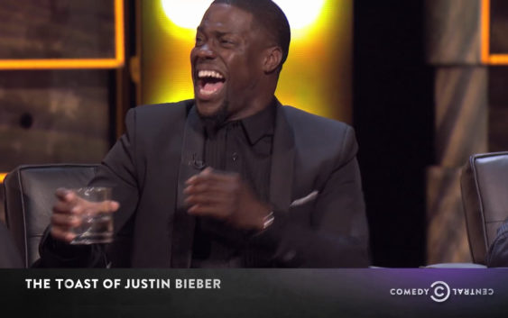 """""""I know my surname is Goodman, but what you have here is a GREAT man!"""" – John Goodman doesn't hold back at the Comedy Central Toast of Justin Bieber"""