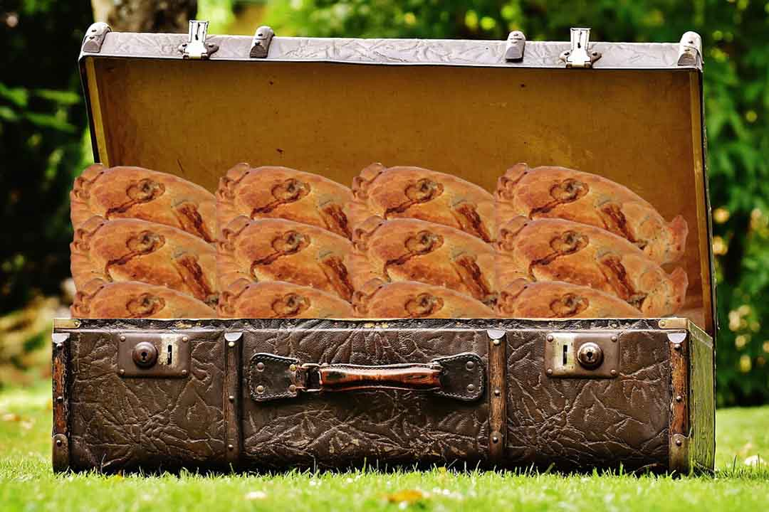 Pasties_in_suitcase_who_invented_the_wine_cask